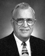 Robert Knee Sr.